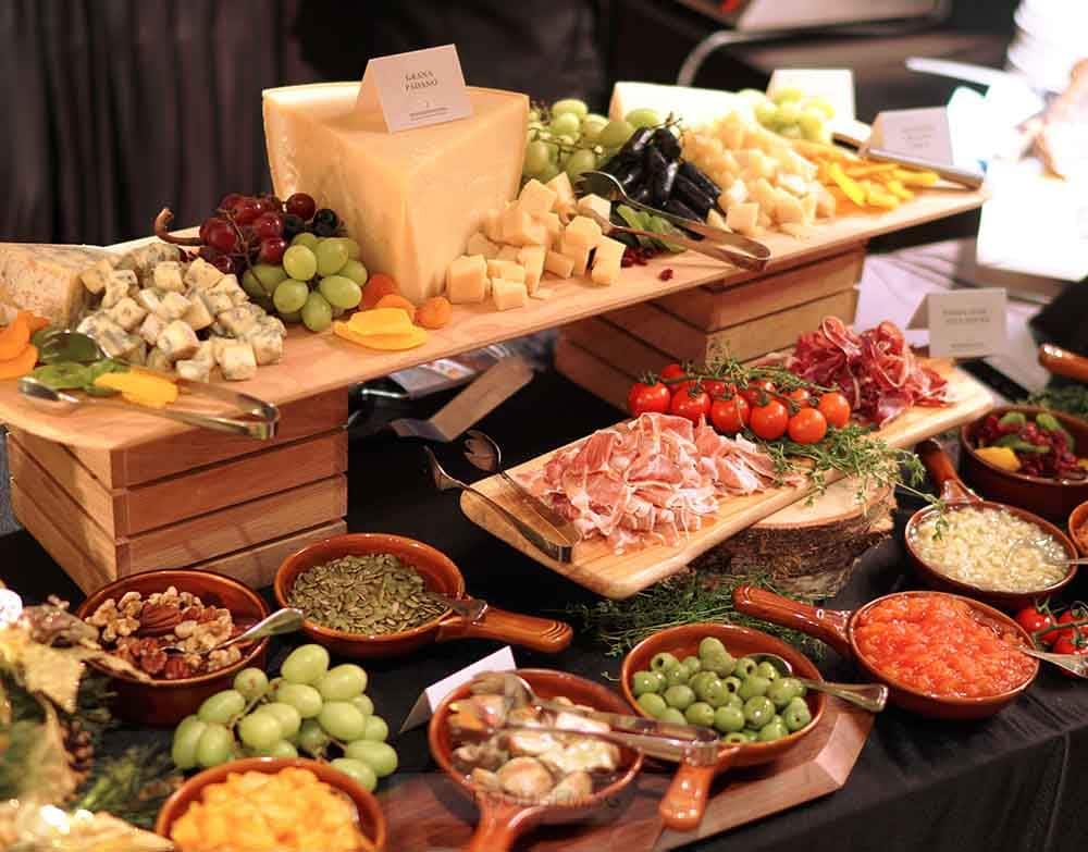 intercontinental-singapore-robertson-quay-cheese