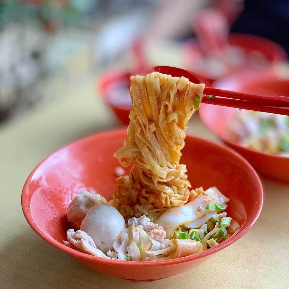 simpang-bedok-food-fishball-noodles