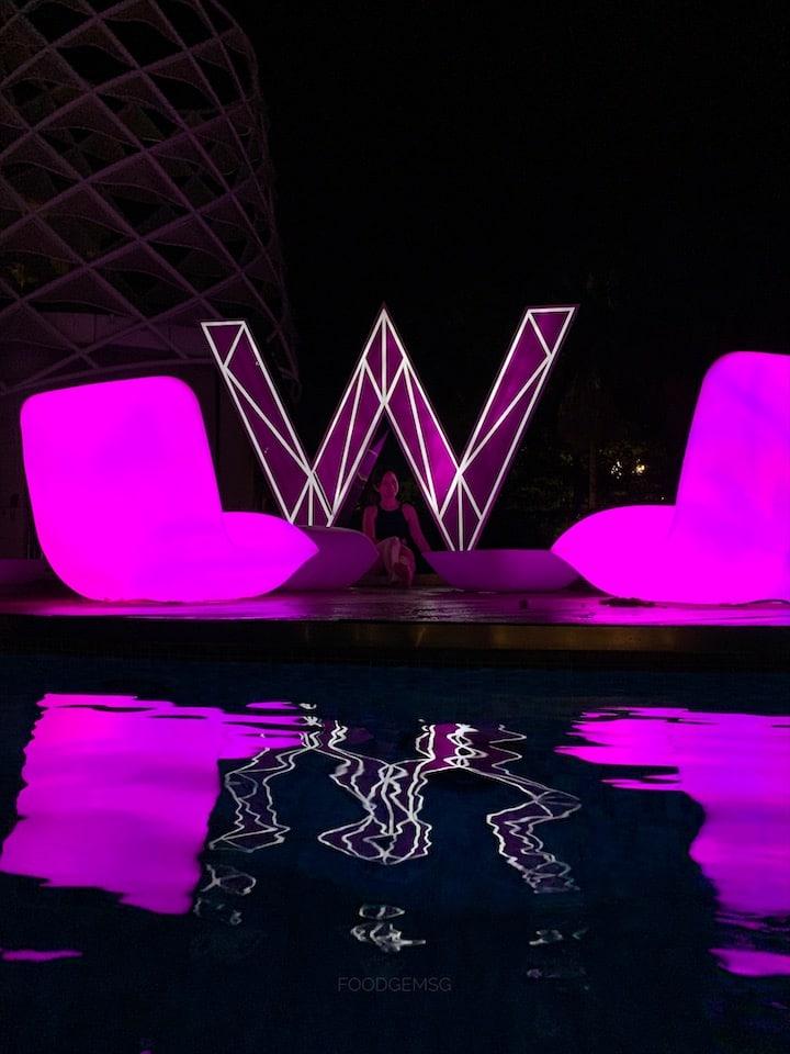 w-singapore-wet-pool-nightview