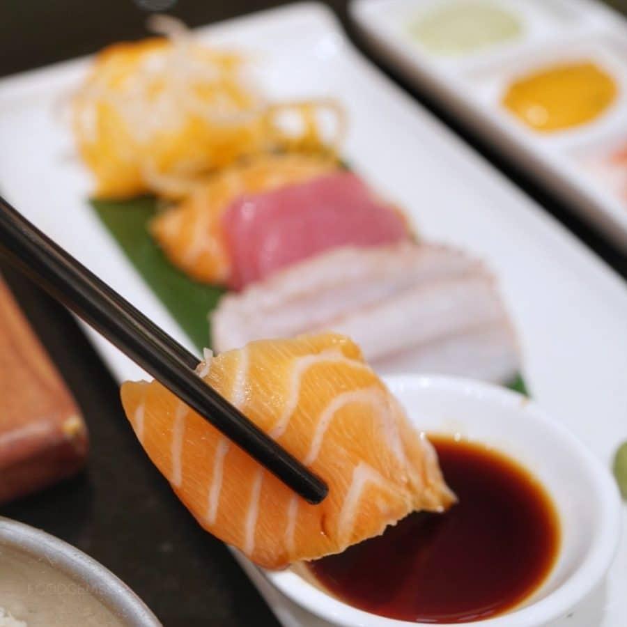 oscar-hotel-buffet-sashimi-platter