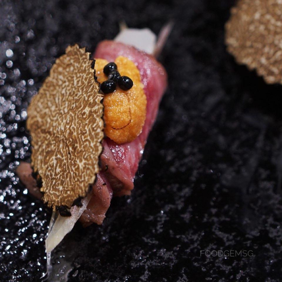 Nozomi-wagyu-uni-caviar